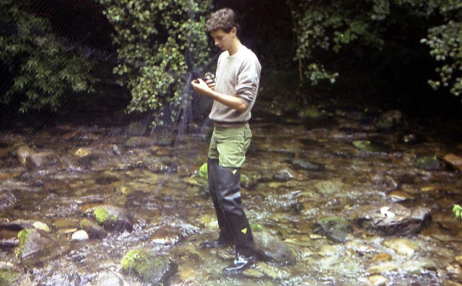 Anillando aves acuáticas en1986