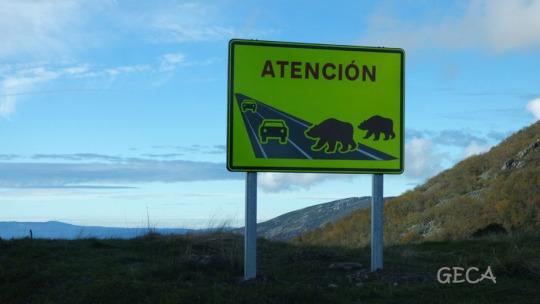 Señales en carreteras del parque natural Fuentes del Narcea, Degaña e Ibias